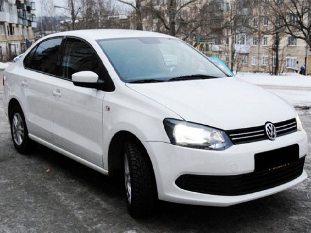 Volkswagen Polo Sedan от 25 у.е. в день